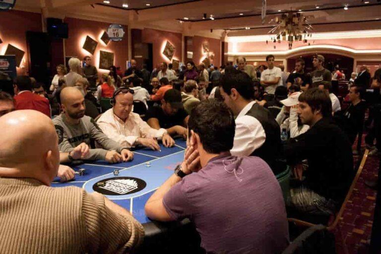 Poker w Kasynie