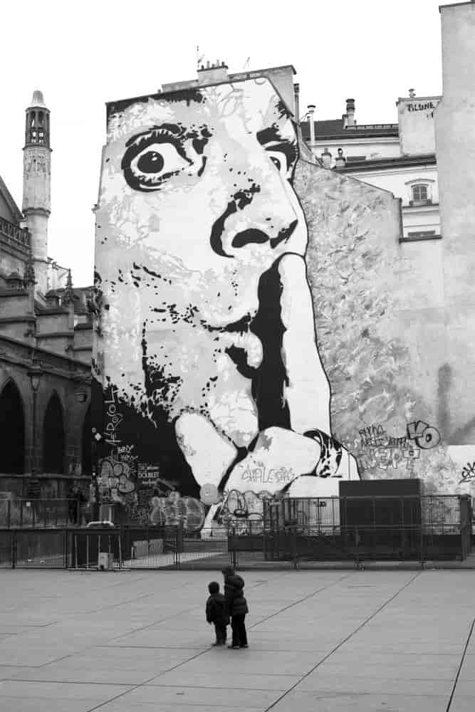 Pompidou okolice