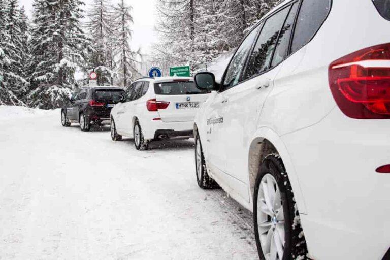 Uczestnicy szkolenia BMW Driving Experience