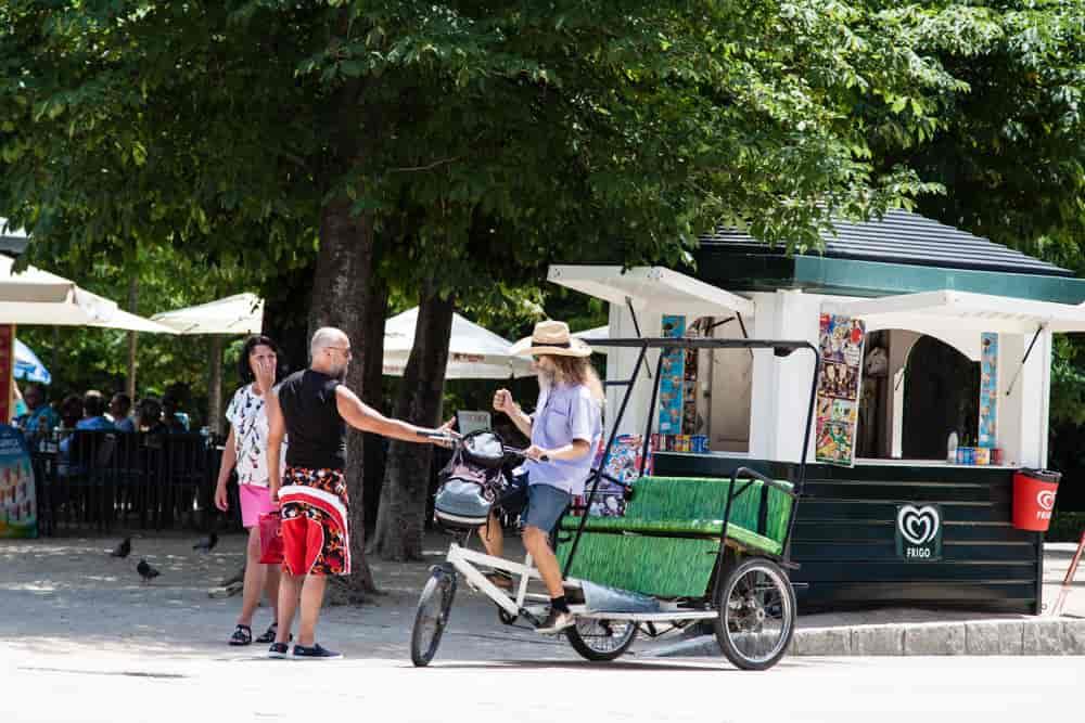 Hugo Cafe - opowieści o Paryżu